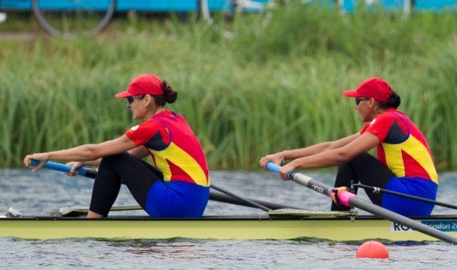 Echipajul feminin al Romaniei de dublu rame fara carmaci a castigat medalia de argint la CM de canotaj!