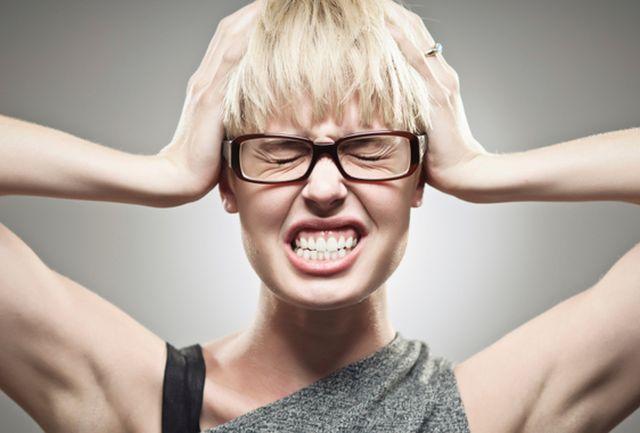 Migraine-des-conseils-pour-reduire-les-crises_exact562x380