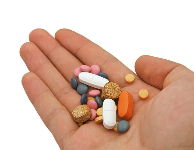 hand with medication(1)