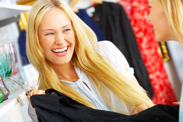 women-going-shopping-for-clothes