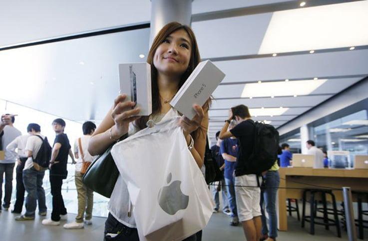 iPhone-urile 5S si 5C le-a luat mintile a 9 milioane de cumparatori! Vezi ce stiu sa faca aparatele!