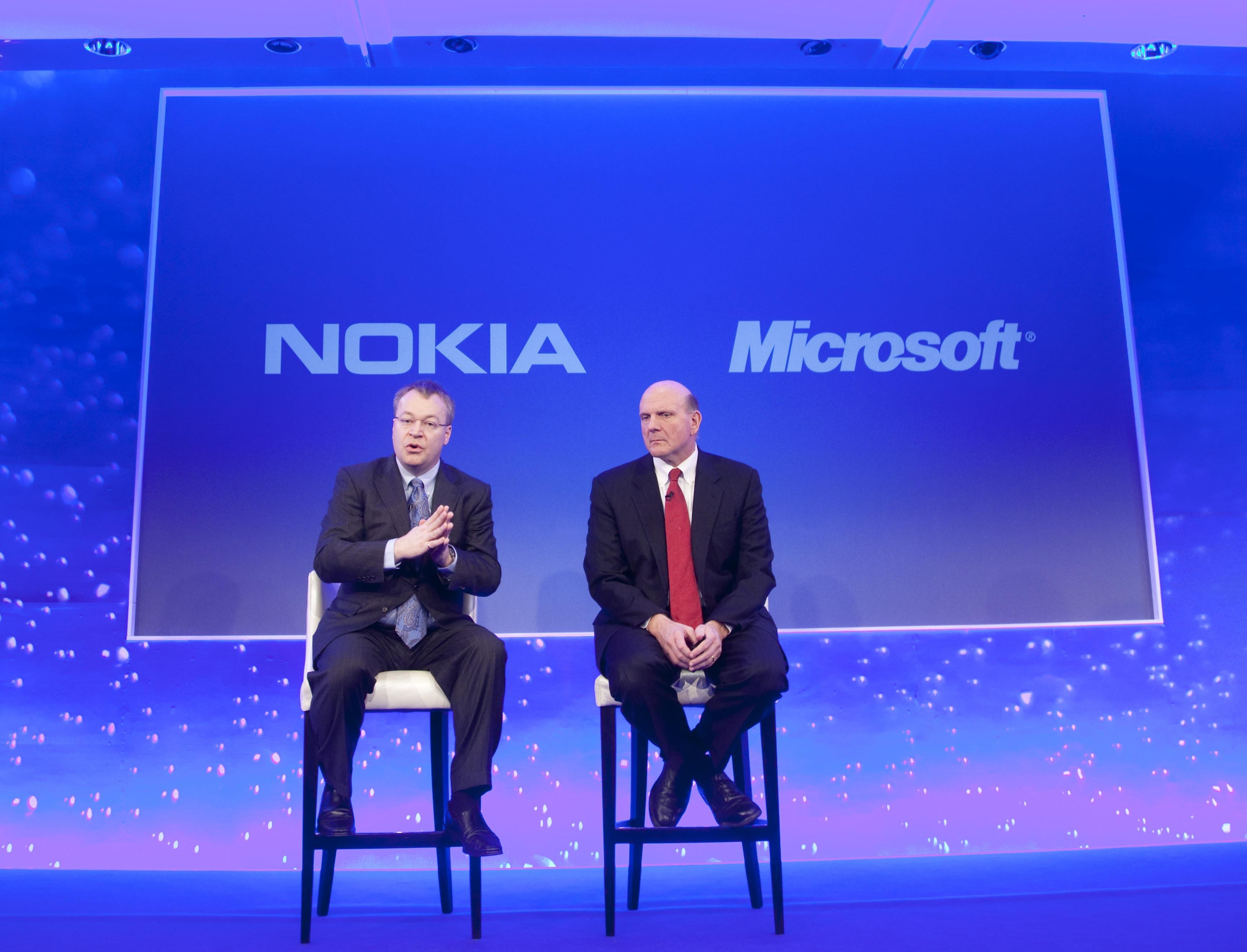 Microsoft preia compania de telefoane NOKIA!