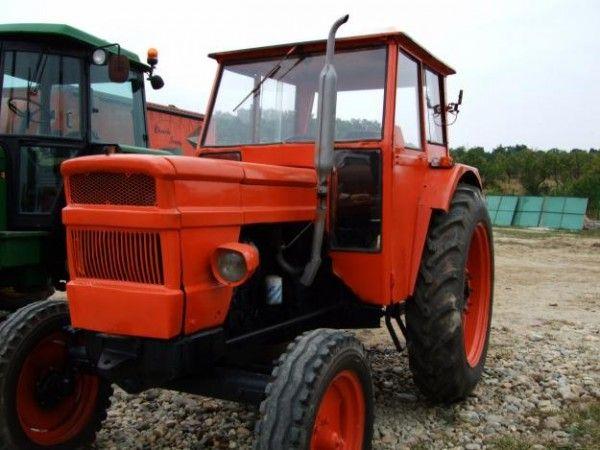 Un copil de trei ani a murit calcat de un tractor condus de propriul bunic!