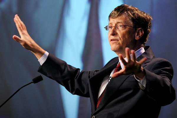 Mai multi actionari Microsoft cer demisia lui Bill Gates!