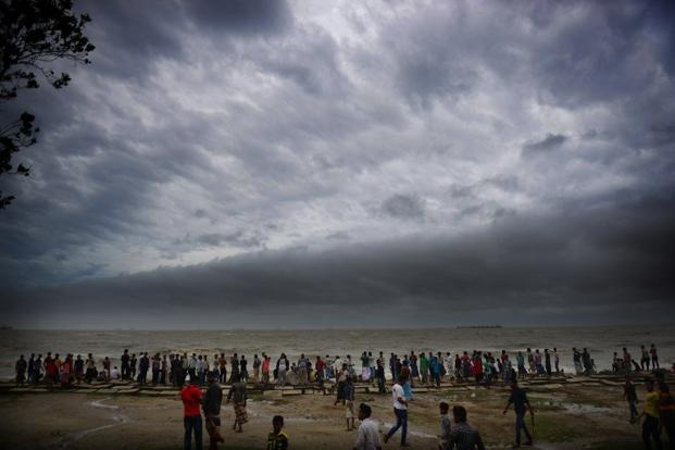 Ciclonul Phailin ameninta coasta de est a Indiei!