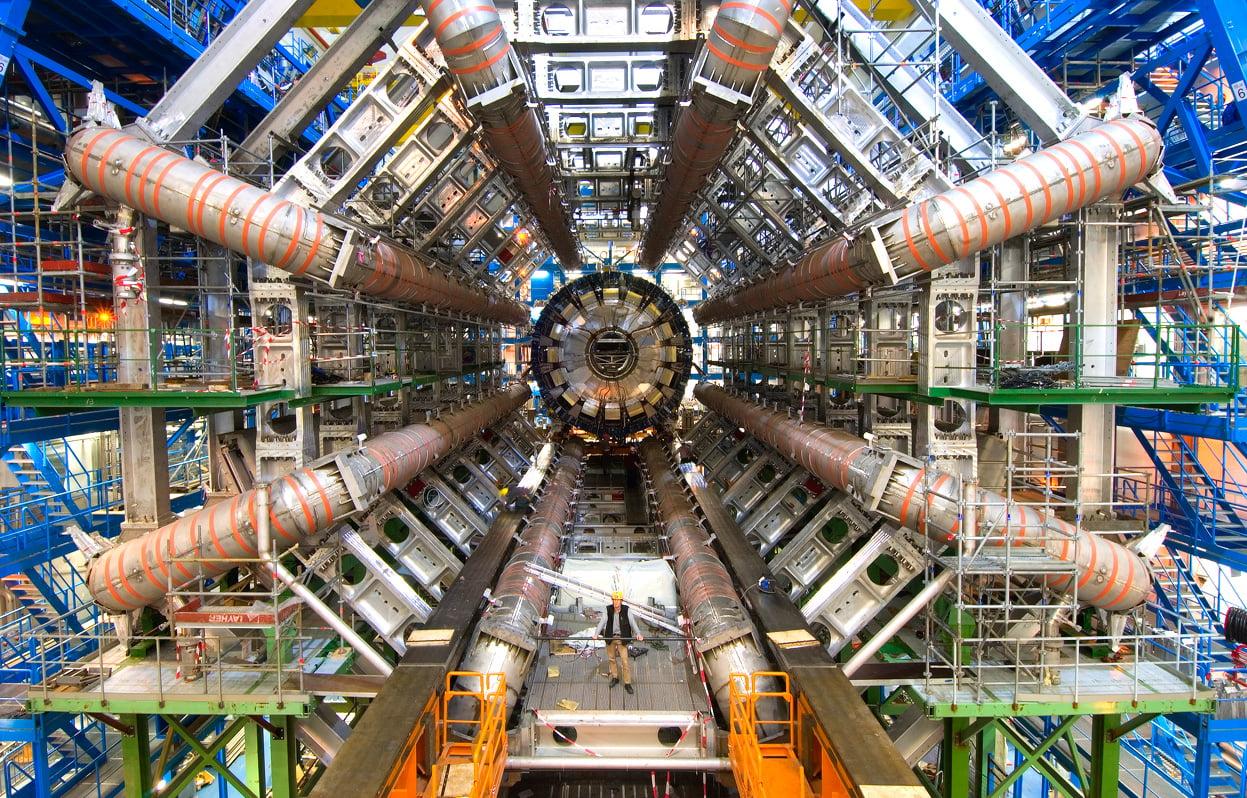 """Bosonul Higgs"" a castigat premiul Nobel pentru Fizica 2013! VIDEO"