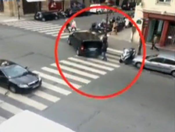 JAF de un milion euro la Paris, fiind suspectata o grupare de romani si moldoveni! VIDEO