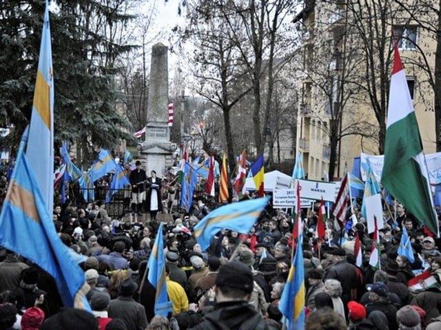 Marele mars al secuilor a strans 100.000 de maghiari!