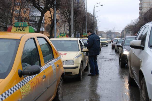 Un taximetrist din Bucuresti a fost retinut dupa ce a talharit doi cetateni straini!