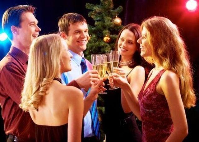 Bugetarii se vor bucura de ZILE LIBERE care sa lege Craciunul si Anul Nou de week-end! Vezi datele care vor fi declarate libere!