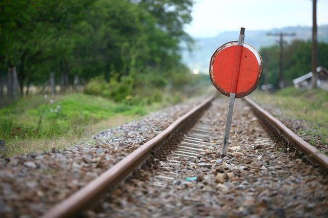 Guvernul va inchide pana la sfarsitul lui 2013 peste 700 kilometri linii de cale ferata!
