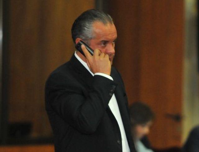 Deputatii nu mai vor sa fie interceptati! Au solicitat ca numerele lor de telefon sa fie SECRETE!