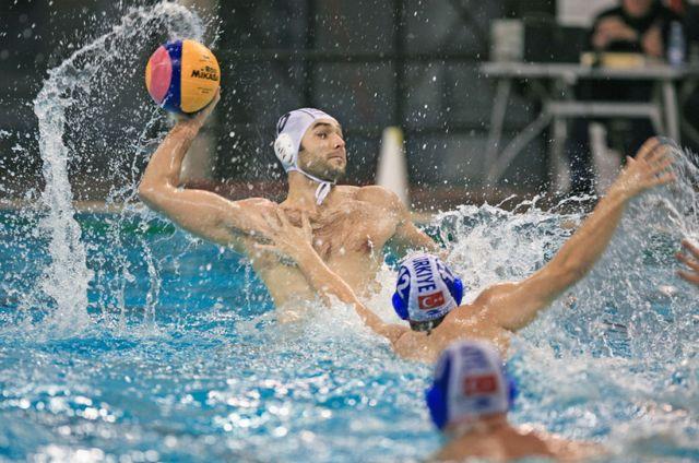 FR Polo l-a schimbat din functie pe antrenorul Vlad Hagiu de la nationala!