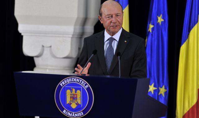 "Traian Basescu critica noile taxe: ""E gresit sa inventam impozite. Nu marirea taxelor este solutia""!"