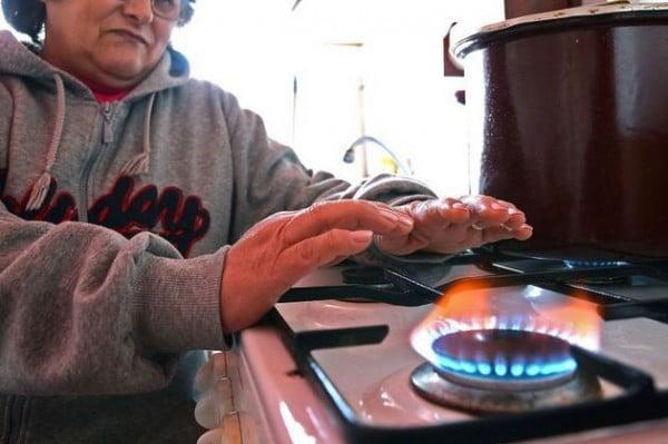 Pretul gazelor va CRESTE din 2014, cu 1%!