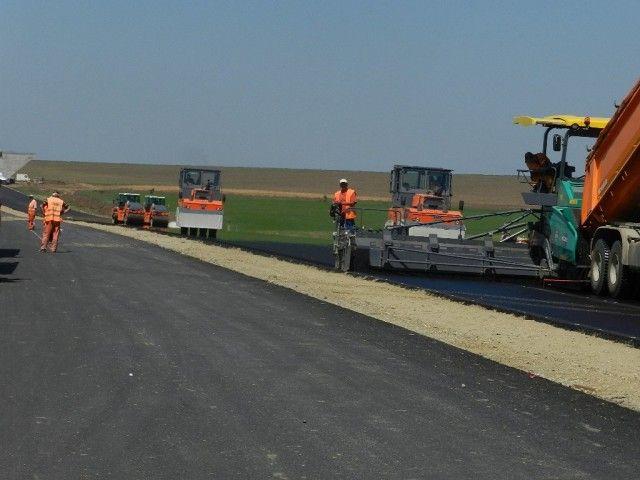 Tronsonul de autostrada Arad-Nadlac lot 1 va fi construit de asocierea Astaldi Sp.A. – MaxBoegl!