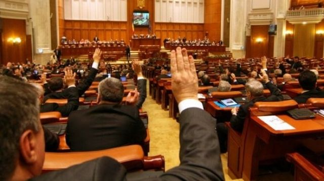 Parlamentul a adoptat BUGETUL pe 2014!
