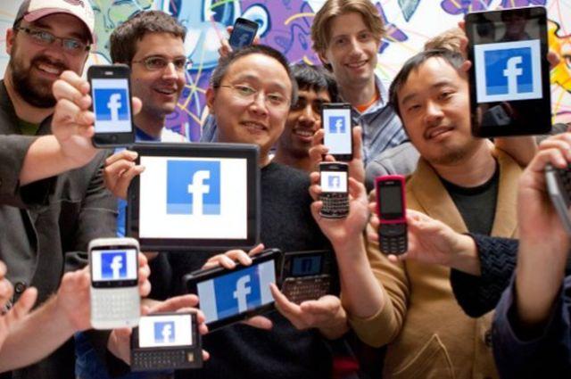 Ei sunt oamenii cei mai ENERVANTI de pe Facebook! Te afli printre ei?