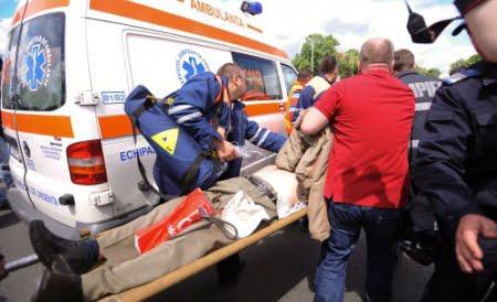 Mafia MORTILOR: Angajatii de la SMURD, Ambulanta si Politie iau bani de la firmele de pompe funebre!