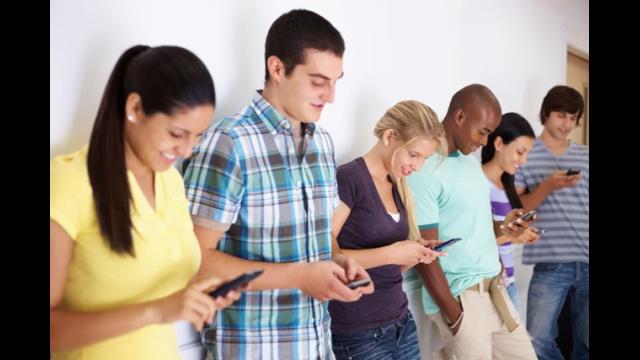 SOCANT! Peste 84% dintre utilizatorii de telefoane intra in SEVRAJ daca se intampla asta!