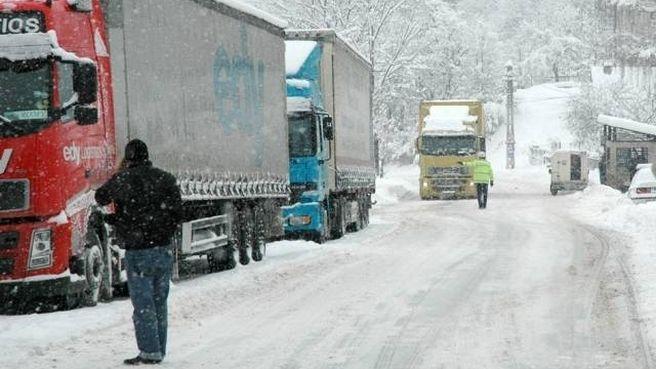 Pe sectorul de drum national DN 7, Sibiu – Rm. Valcea a fost ridicata restrictia de tonaj de 7,5 tone