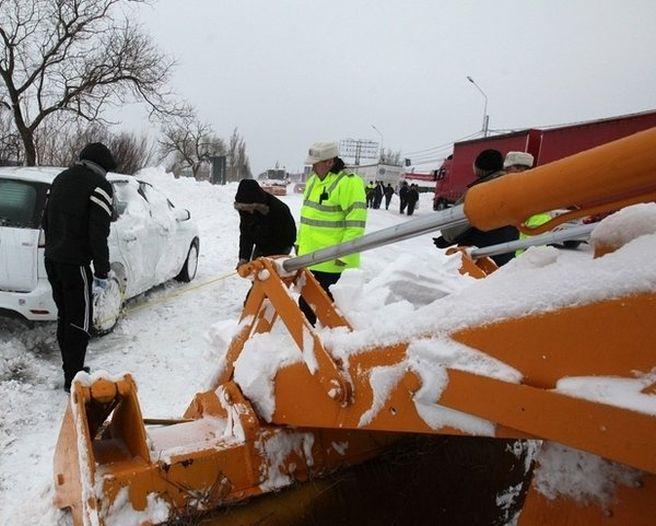 Circulatia rutiera pe DN 4 pentru vehicule cu masa totala maxima autorizata mai mica de 7,5 tone a fost deschisa