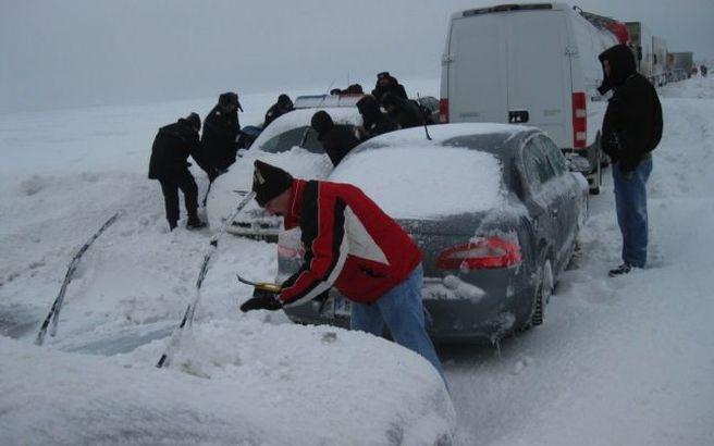 Circulatia rutiera pe DN 7 intre localitatile Sibiu – Ramnicu Valcea va fi restrictionata pentru vehiculele mai mari de 7,5 tone intr orele 14:00 si 17:00