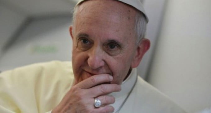 Papa Francisc: Internetul este mana cereasca si simbol al bunatatii autentice