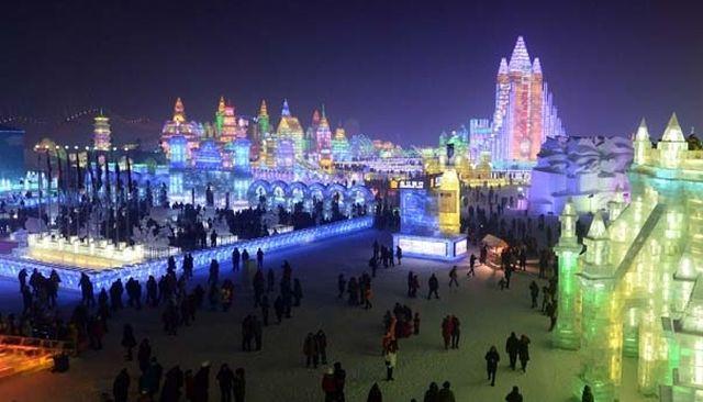 VIDEO Festivalul Ghetii si Zapezii de la Harbin! Intra in lumea FANTASTICULUI!