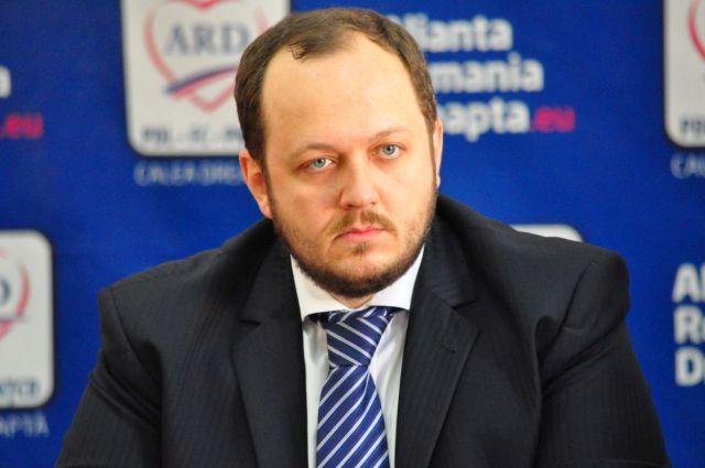 Adrian Papahagi se RETRAGE din viata politica!