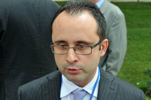 Cristian Busoi a demisionat de la conducerea CNAS!