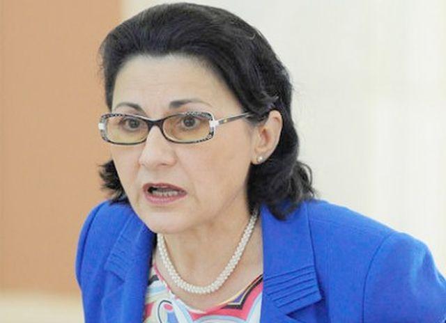 Ecaterina Andronescu nu sta deloc bine cu integritatea! Vezi de ce…
