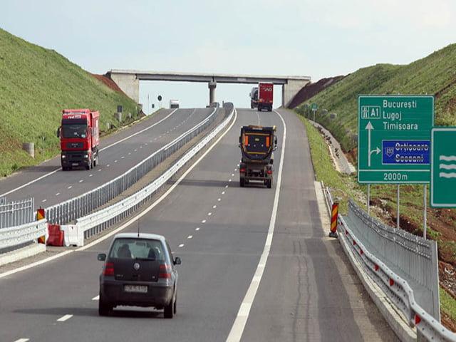 Autostrada Bucuresti-Ploiesti, fara parcari si benzinarii dupa doi ani de la inaugurare!