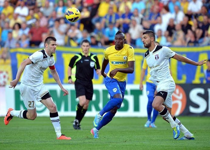 Returul semifinalei din Cupa Romaniei dintre Astra si Petrolul se joaca de la 20:30 pe Pro TV!
