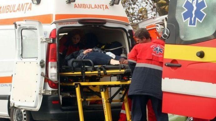 ACCIDENT in Brasov: 11 persoane au fost ranite dupa ce un autocar a cazut intr-o rapa!