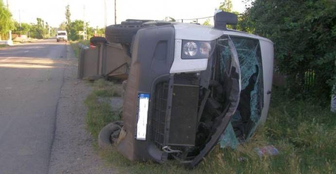ACCIDENT GRAV in judetul MURES! UNSPREZECE RANITI dupa ce un microbuz s-a ciocnit de un autotren!