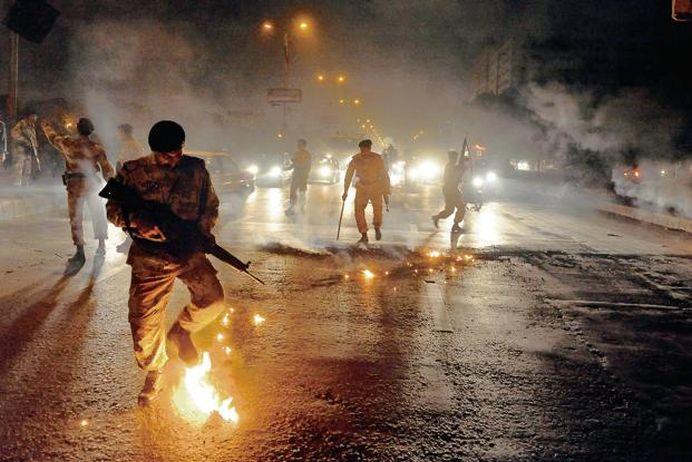 ATAC TERORIST in aeroportul din Karachi! Bilantul se ridica la 28 de morti!