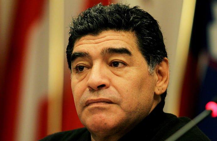 Maradona, filmat in timp ce isi bate fosta logodnica! Imaginile au fost facute publice!