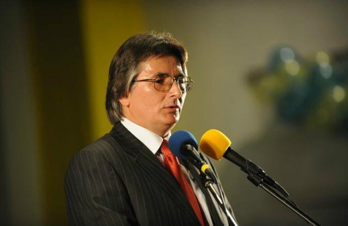 O NOUA TAXA IN ROMANIA! Un primar din Timisoara vrea sa introduca TAXA PE PARAGINA!