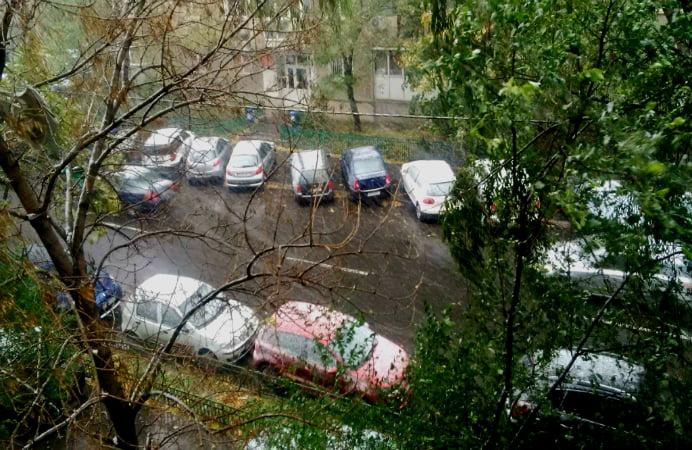 PRIMA NINSOARE DIN ACEST SEZON IN BUCURESTI! Ninge neincetat de aproape o ora!