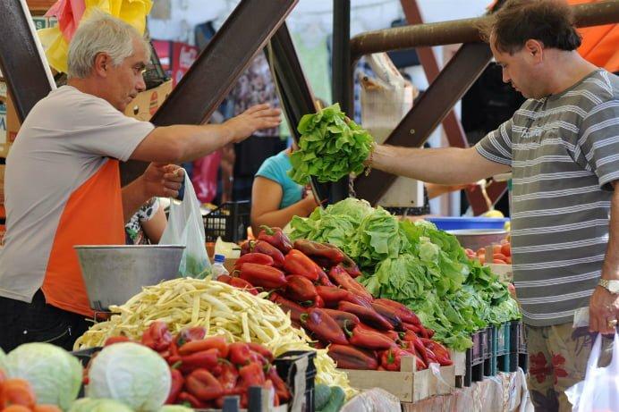 MARE ATENTIE! Produs chimic FOARTE PERICULOS descoperit in legumele vandute in Romania! Provoaca CANCER!