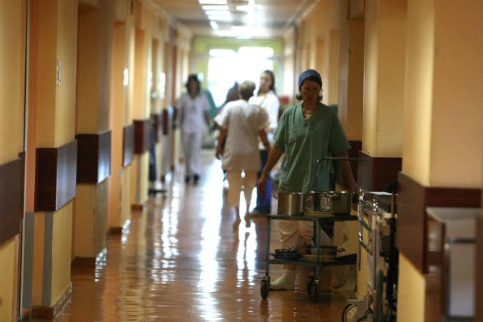 REVOLTATOR! O fetita de 4 ani a murit la doar cateva minute de la internare! Parintii acuza doctorii de malpraxis