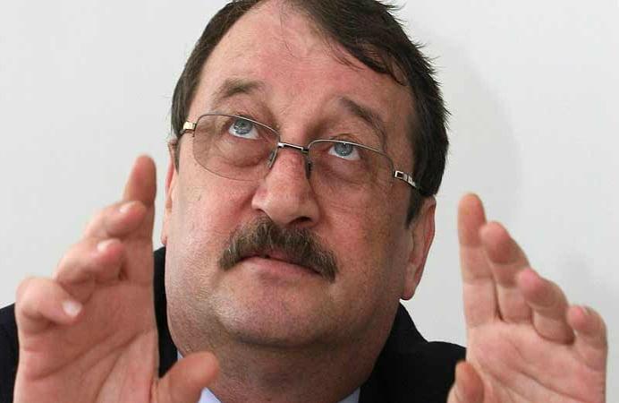 FRATELE PRESEDINTELUI A IESIT DIN INCHISOARE! Magistratii au decis eliberarea lui Mircea Basescu!