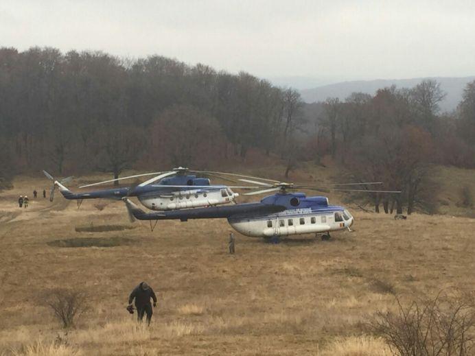 PRIMELE IMAGINI cu elicopterul militar prabusit in judetul Sibiu! VIDEO