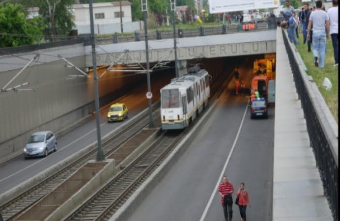 Accident in Capitala! Circulatia in Pasajul Lujerului, blocata!
