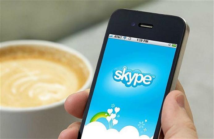 Cum poti BLOCA pe ORICINE pe Skype!