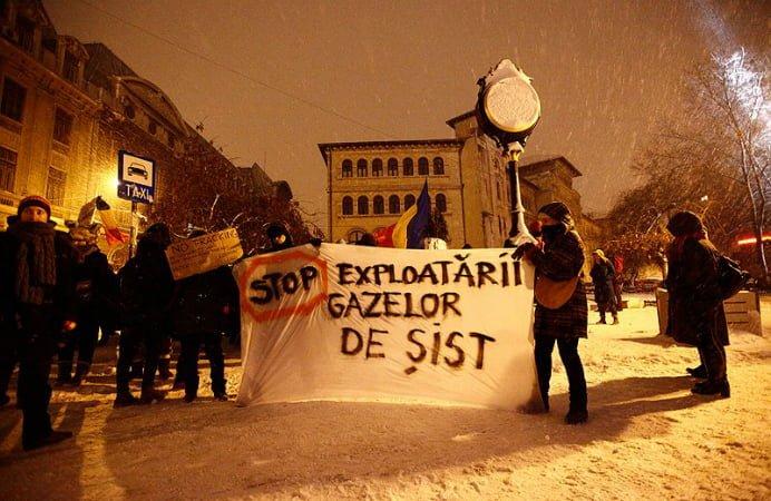 Rusia s-ar fi implicat in protestele din Romania fata de gazele de sist! Uite ce scriu publicatiile straine