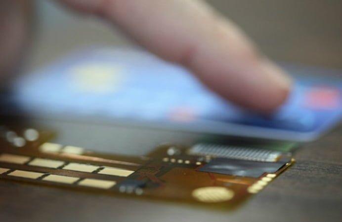 laptop_credit_card