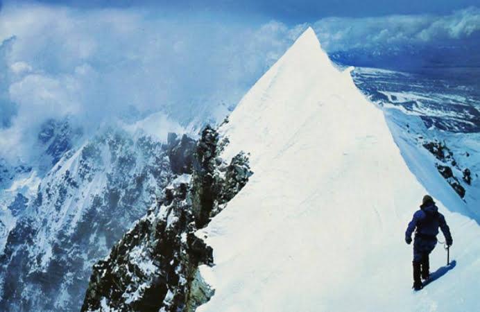 Un alpinist clujean, aproape de cer! A cucerit cel mai inalt varf din Antarctica