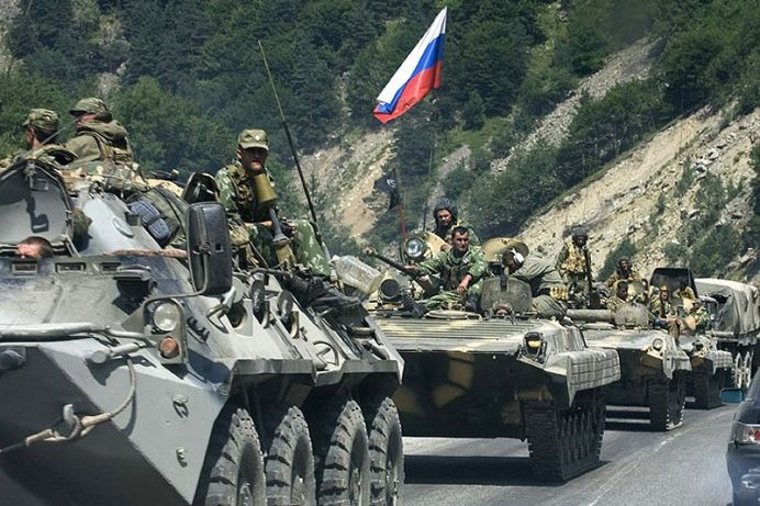 Armata rusa face exercitii MILITARE langa granița României!